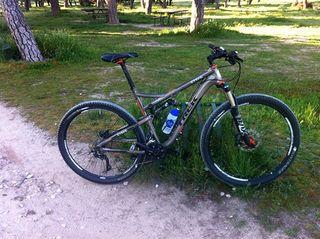 """Bicicleta TREK SUPERFLY 100 AL ELITE. 29"""" doble"""