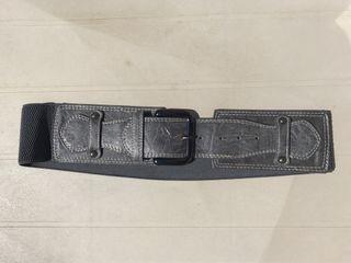 Cinturón goma