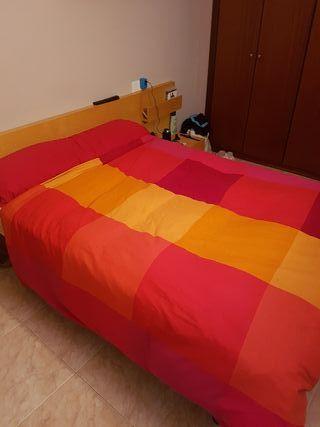 Cama de matrimonio Somier + colchón + cabecero