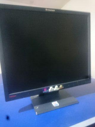 Monitor Lenovo 1080
