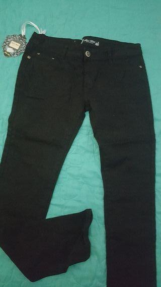 pantalon negro vaquero