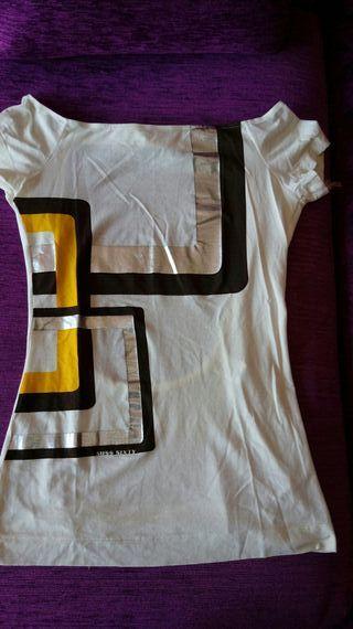Camiseta Miss Sixty. Talla S. Nueva.