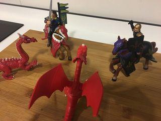 Figuras Caballeros y dragones