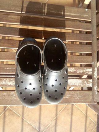 crocs nuevos