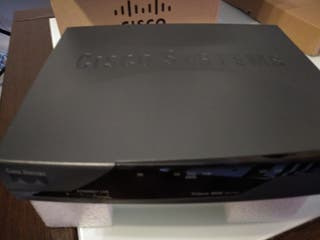 Router adsl con switch de 4 puertos CISCO 850