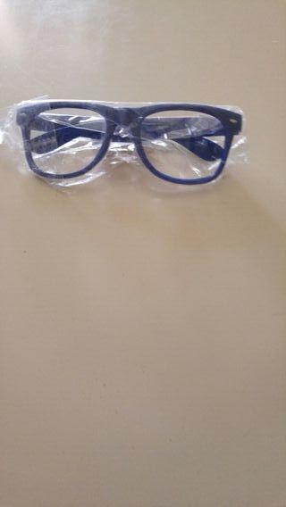 gafas si cristal de carnaval o despedidas o algo