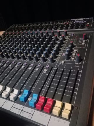 mesa de mezclas soundcraft spirit folio sx