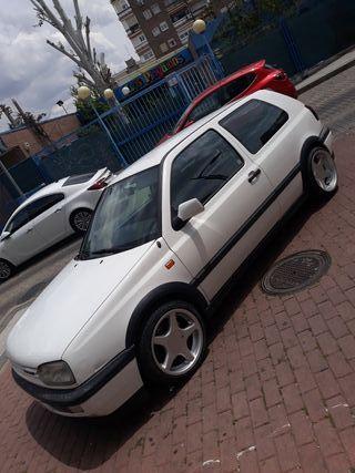 Volkswagen Golf 2000 16v