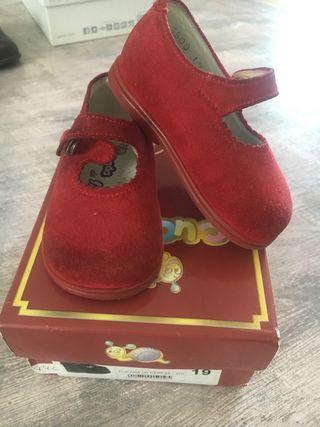 Zapatos de bebé cucada talla 19