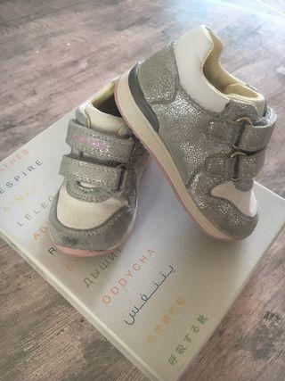 Geox respira zapatos bebé 19