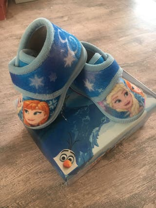 Zapatos de casa bebé Elsa 18
