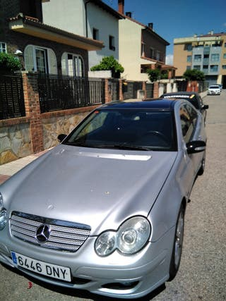 Mercedes-Benz c220 cdi 2004