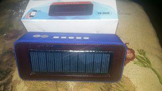 altavoz bluetooth solar