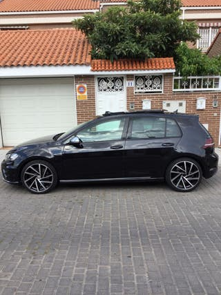 Volkswagen Golf R300