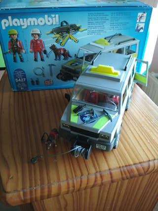 equipo de rescate de playmobil con su caja