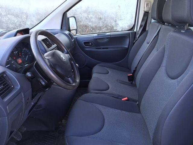 Peugeot Expert combi L2 9 Plazas
