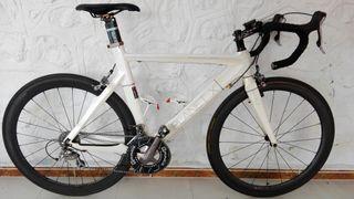 bicicleta de carbono PLANET X