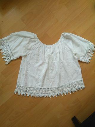 camiseta estilo ibicenco con encaje mujer