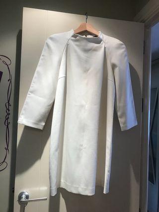 Vestido cuello chimenea blanco