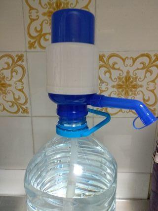 dispensador manual de agua para garrafas