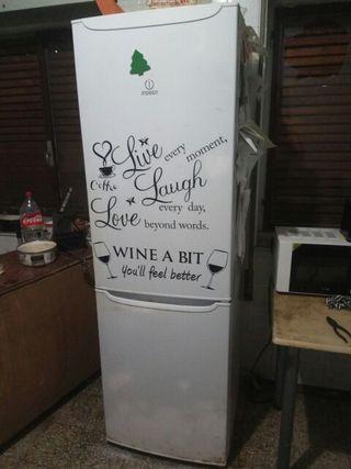 frigorífico combi averiado