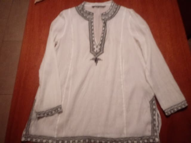 1d494c84e Camisa mujer. Camisa Zara de segunda mano por 5 € en Salt en WALLAPOP