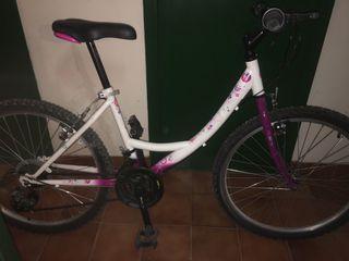Bicicleta de paseo para niña