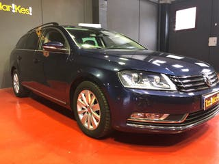 Volkswagen Passat 2013 bixenon ayuda aparcamiento