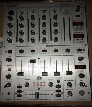 Mesa mezclas behringer djx700