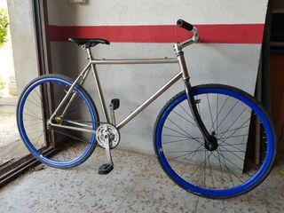 bicicleta fixie pedal fijo
