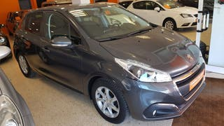 Peugeot 208 style 1.2 2016