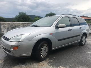 Ford Focus 2002 familiar