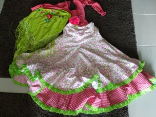 conjunto con falda de flamenca