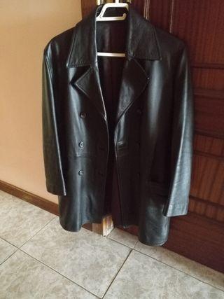 se vende chaquetas de cuero