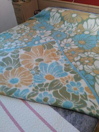 Manta cama 1'50 nueva
