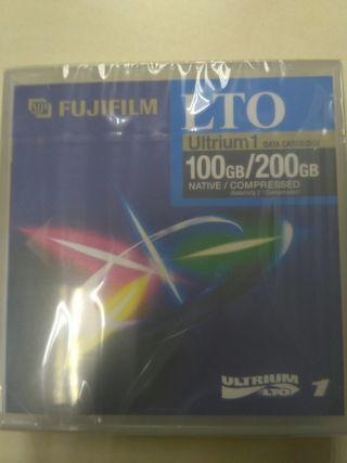 Cinta Fijifilm LTO Ultrium 1 de 100 GB/200 GB