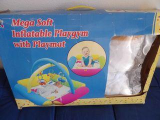 Gimnasio inflable para bebés Safari