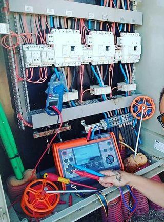 Equipo multifuncion de baja tension Sonel Mpi 520