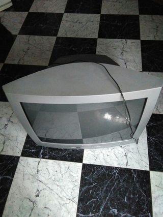 """TV Philips 28"""""""