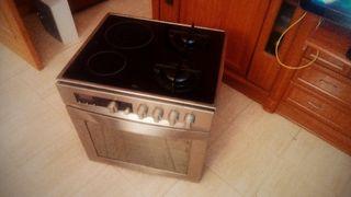 Conjunto Teka HI-735ME placa vitro más gas y horno