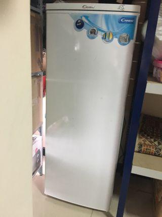 Congelador blanco cajones. NUEVO