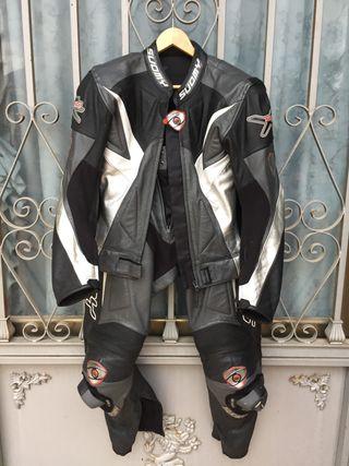 Traje de cuero para moto
