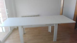 Mesa comedor blanca de segunda mano en Sabadell en WALLAPOP