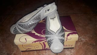 zapato de fiesta de piel
