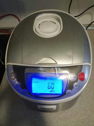 Robot de cocina multifunción con voz