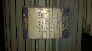 Extractor de fums industrial.