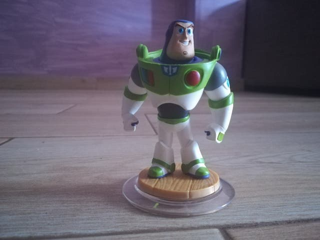 Figura infinity wii: toy story- buzz lightyear