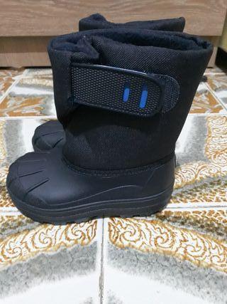 botas impermeables n°23 nuevas