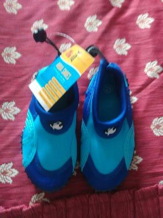 Zapatos agua