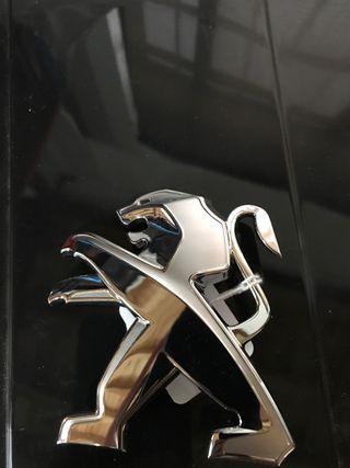 Peugeot insignia logo ref 96. 73. 87. 32 nuevos